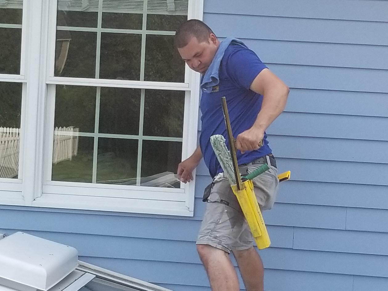 windows cleaning2.jpg