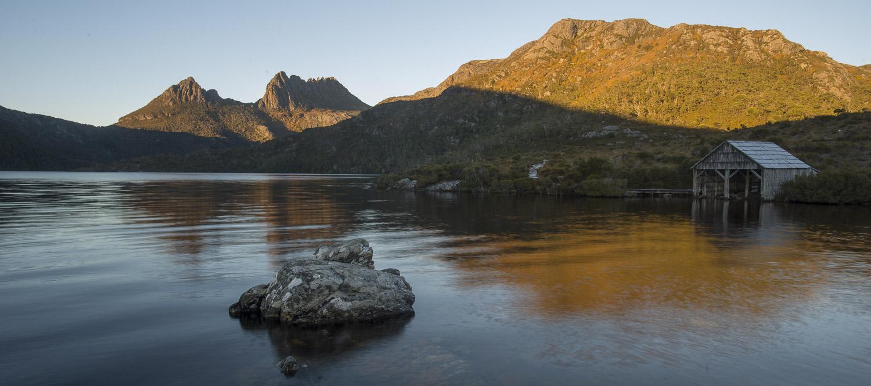 Sunrise over Cradle Mountain and Dove Lake