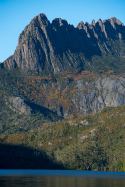 Cradle Mountain towering over Dove Lake