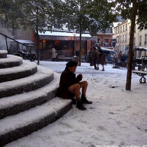 Neige artificielle Regular Snow sur sol et escalier
