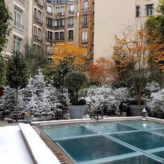 Sapins et végétation floqués avec neiges artificielles Super White et Regular Snow