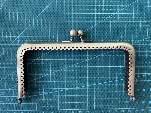 Metal Clasp - 15cm (bronze)