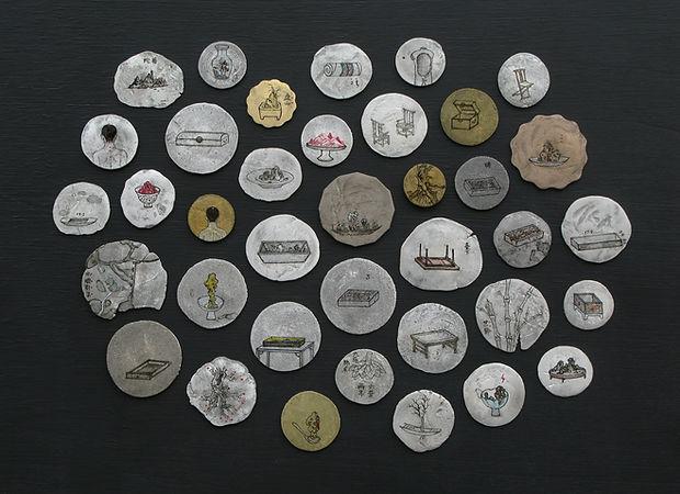 《Galaxy》部分硬币, 单枚尺寸约在1.1cm~3cm之间.jpg