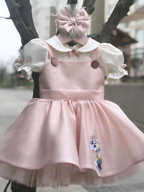 Lady unicorn dress
