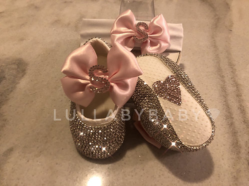 Baby initial shoes