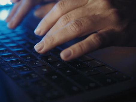 Cómo aprovechar la tecnología para complementar nuestras habilidades profesionales