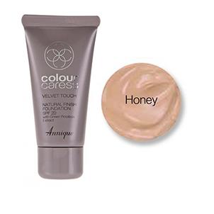 Velvet Touch Natural Finish Foundation (Honey) SPF 20 30ml