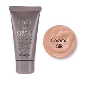 Velvet Touch Natural Finish Foundation (Caramel Silk) SPF 20 30ml