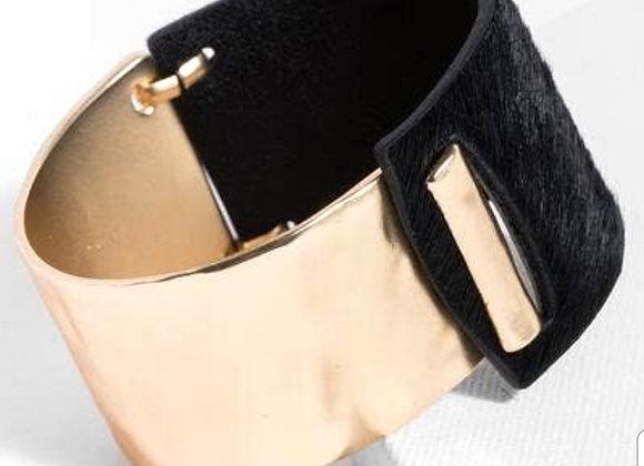 Oliva Cuff Bracelet