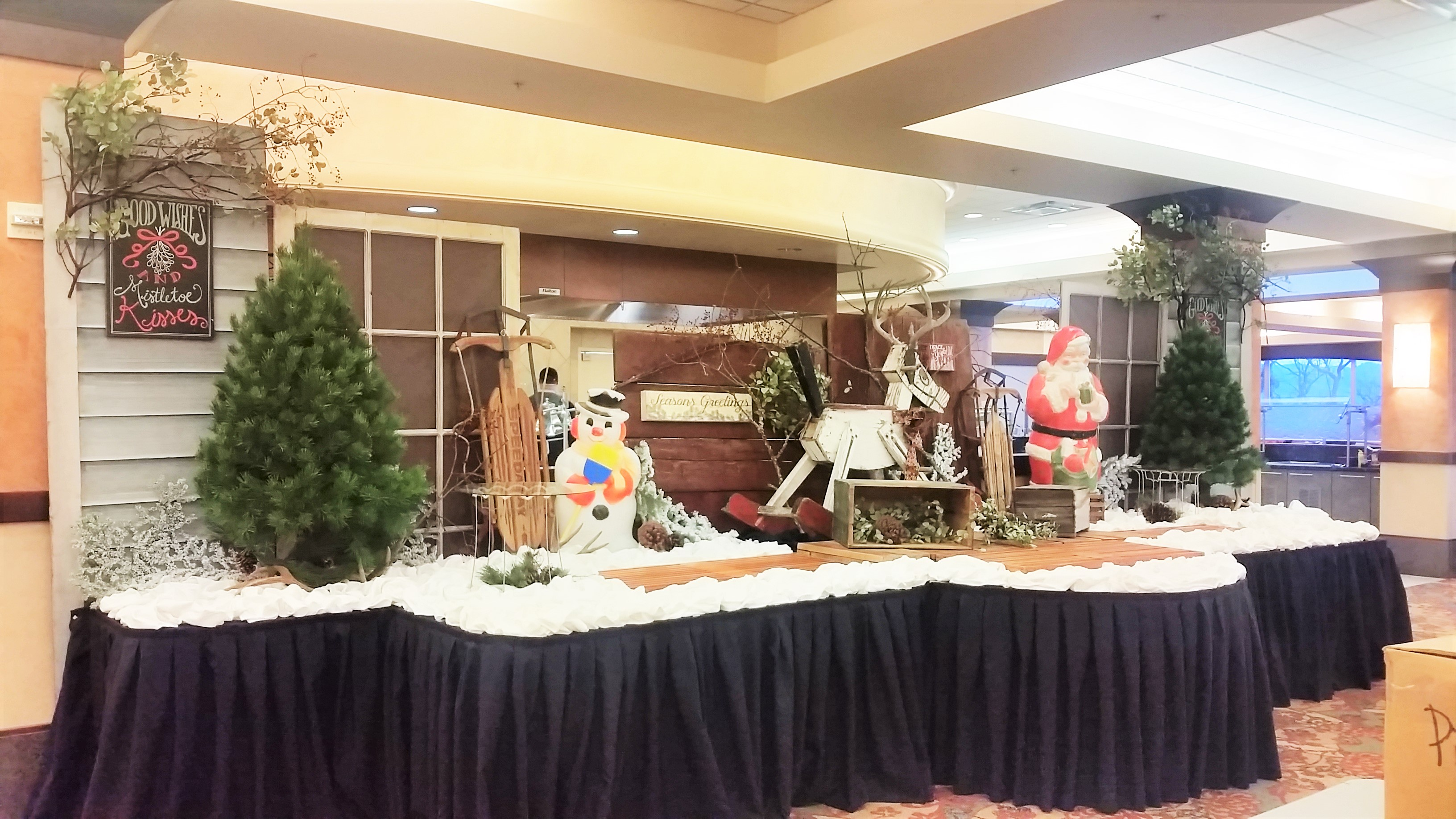 Christmas Buffet Decor