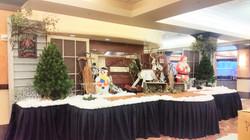 Christmas Buffet Decor