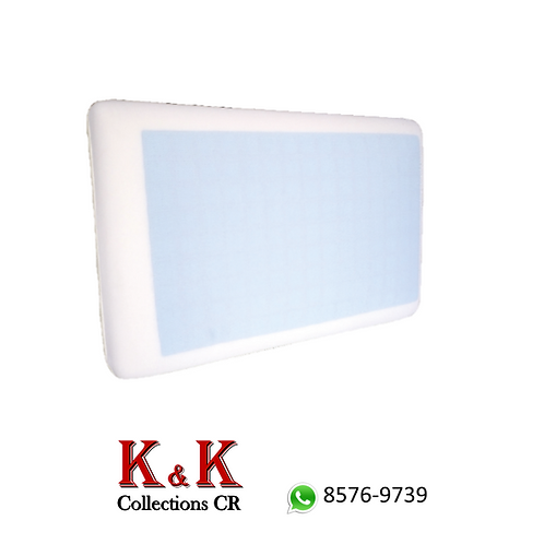 Almohada tradicional con capa de gel