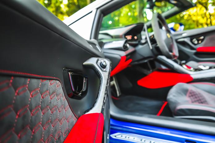 2020 Blue Lamborghini Huracan EVO Door d