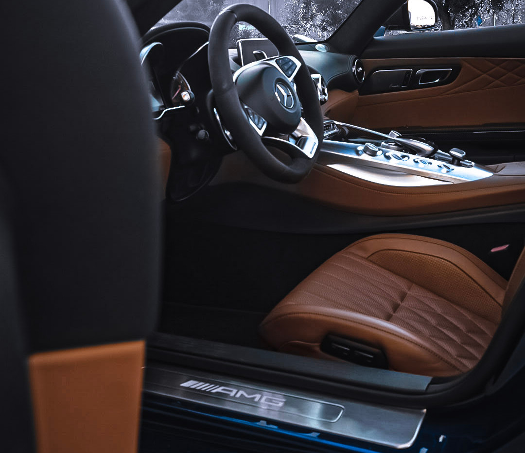 Mercedes AMG GT C interior