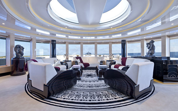 Beautiful lounge to relax and socialise.