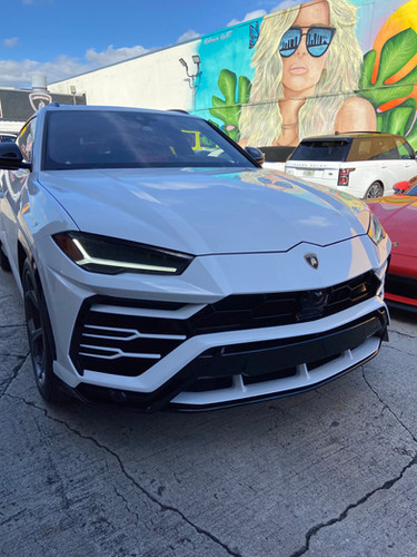 Lamborghini URUS Ready for rent by Coppola Concierge