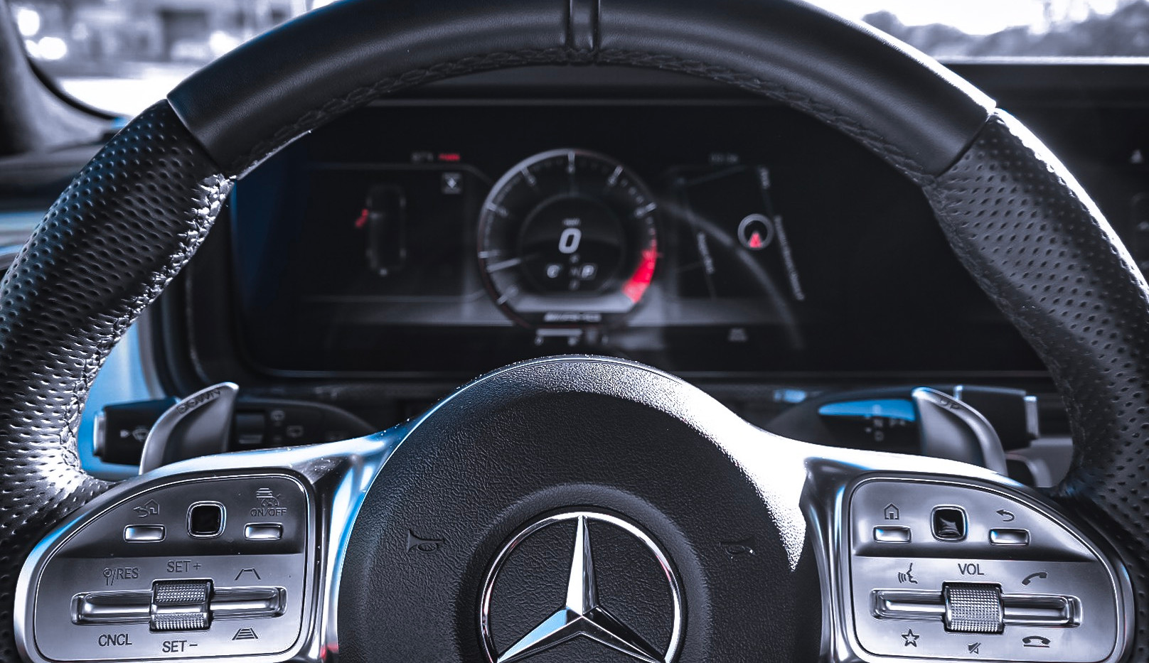 G63 AMG Cockpit steering wheel