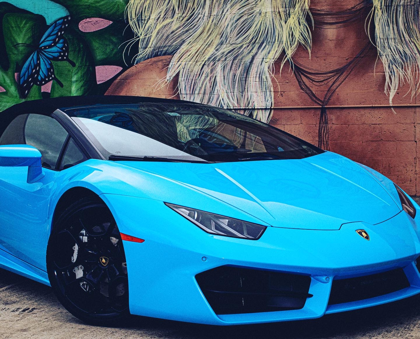 Huracan Spyder close up