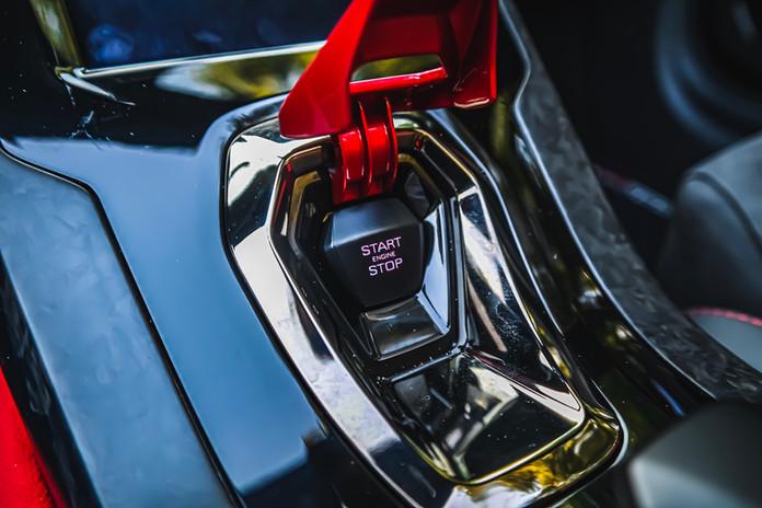 2020 Blue Lamborghini Huracan EVO igniti