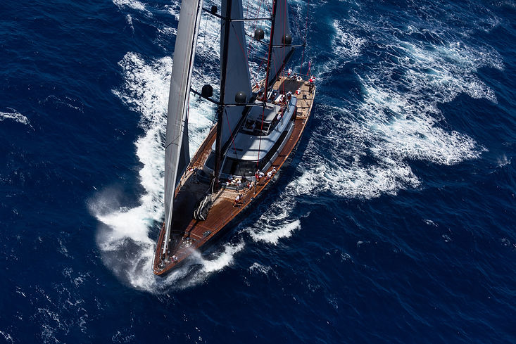 Charter a sailing yacht in the Caribbean