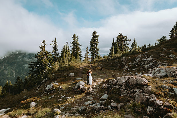 Washington Elopement in the North Cascad