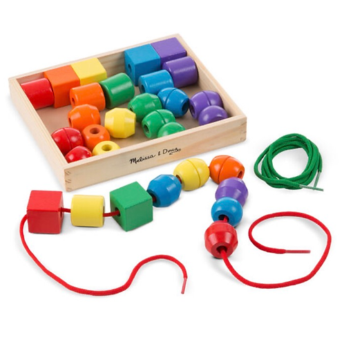 Wooden lacing beads set