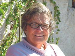 Anne de Blaÿ, présidente.