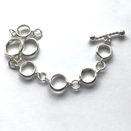 Chunky Loops Bracelet