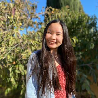 Makayla Cheng