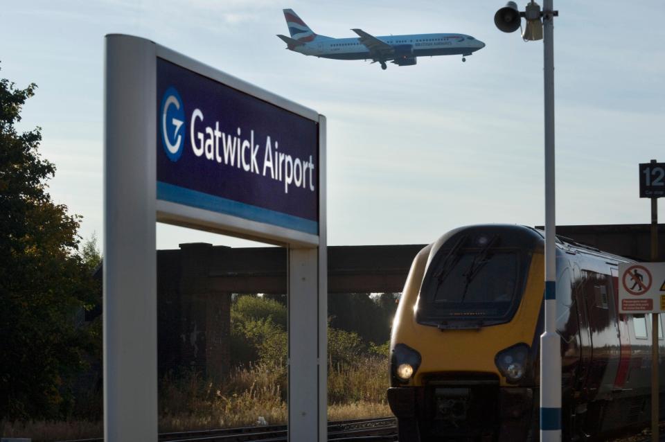 Durham - London Gatwick Airport