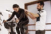 Laboratorio Aethos. Por medio del protocolo F.I.S.T se te estudiarán diferentes posiciones para tu bicicleta de ruta mediante el Guru Fit System.