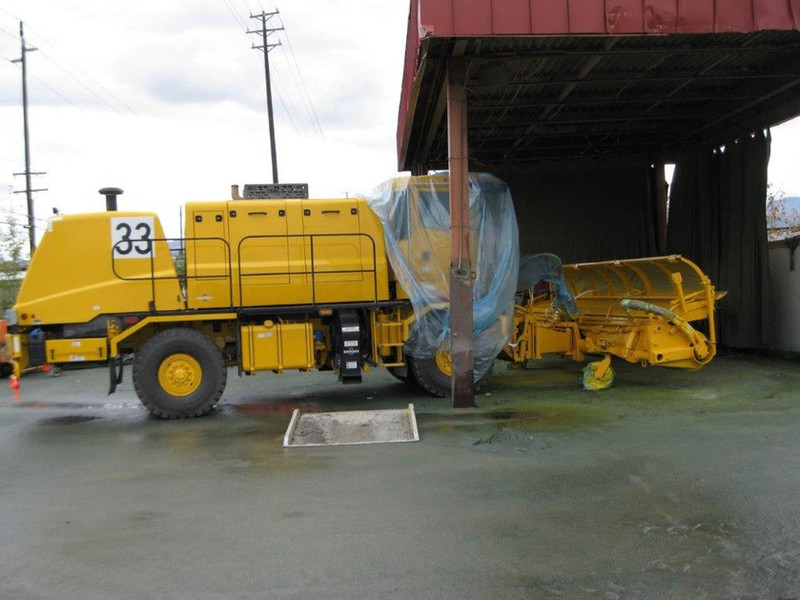 Sandblasted and Painted Airport Runway Plow