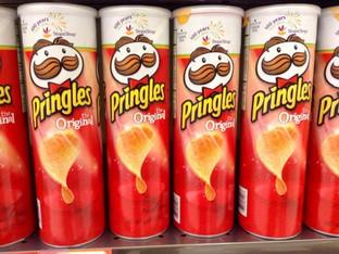 Weird News: Pringle can creator's final request
