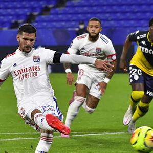 LES ECHOS | L'Olympique Lyonnais s'engage pour l'insertion des chômeurs de longue durée
