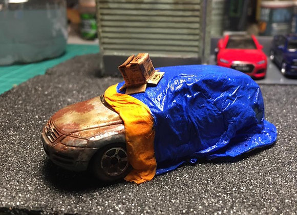 Covered Rusty car and old box:Hot Wheels