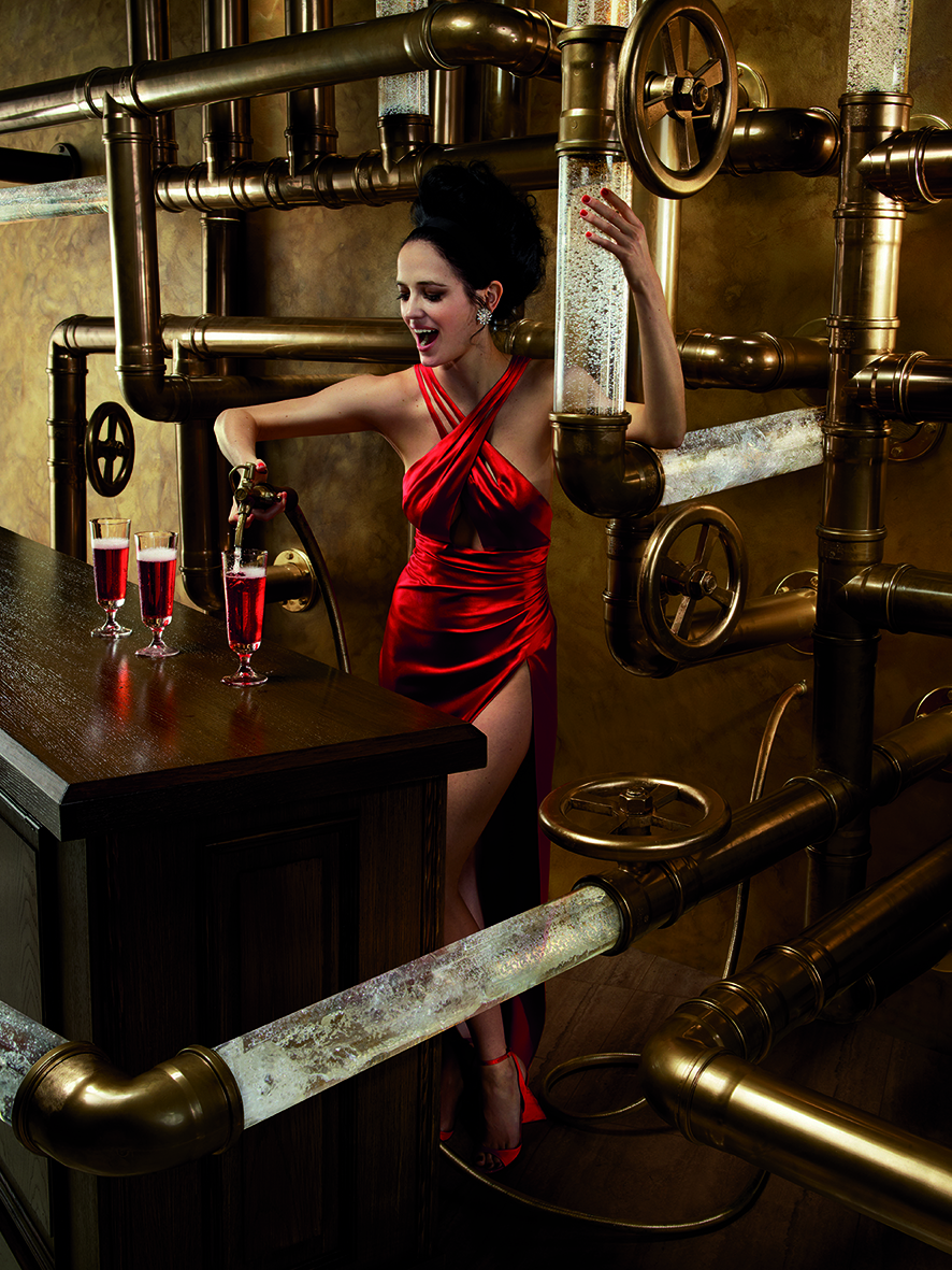 02 Campari Calendar 2015_Mithology Mixology_Eva Green_February_Campari and Seltz