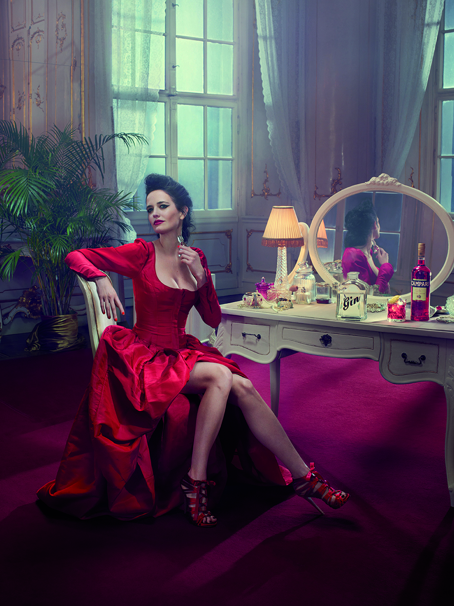 01 Campari Calendar 2015_Mithology Mixology_Eva Green_January_Negroni_LR.jpg
