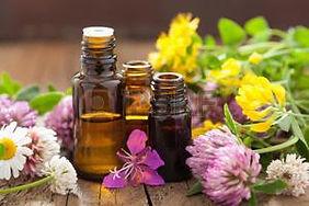 29951668-huiles-essentielles-et-de-fleur
