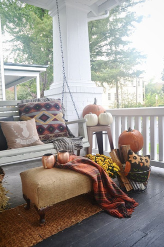 Customize Burlap For Fall Decorating