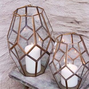 mohani-lantern-small-787896.jpg