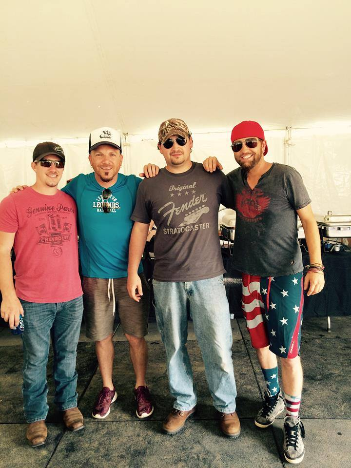 LoCash at Bluegill Festival