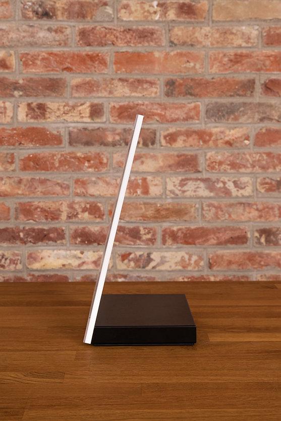 D-Desk-Acryl_3.jpg