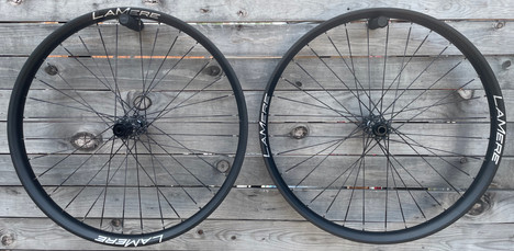 50mm wide carbon rims with Berd spokes