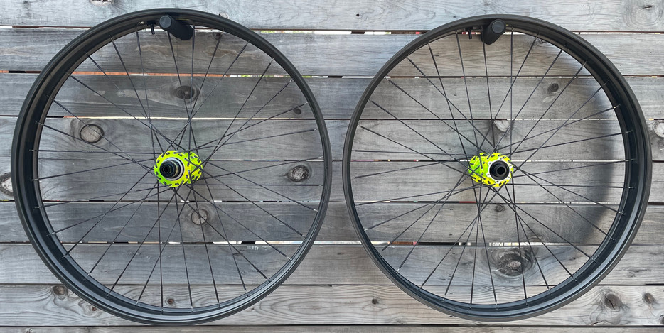 HED Big Half Deals with Onyx hubs and the awesome Berd spokes.