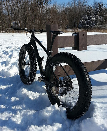 """5"""" Surly Lou on the rear of our 177 frame on 85mm rims."""