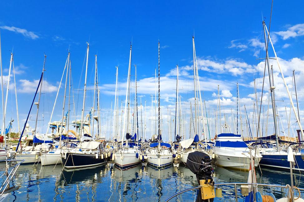Welcome to Lanoka Harbor Marina | Full Service Marina, NJ 08734