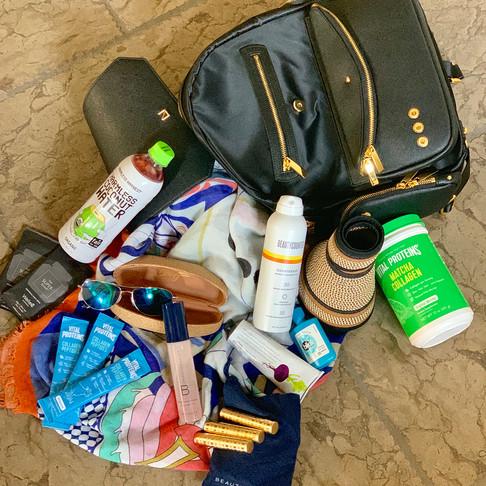 WHAT'S IN MY BAG: VEGAS