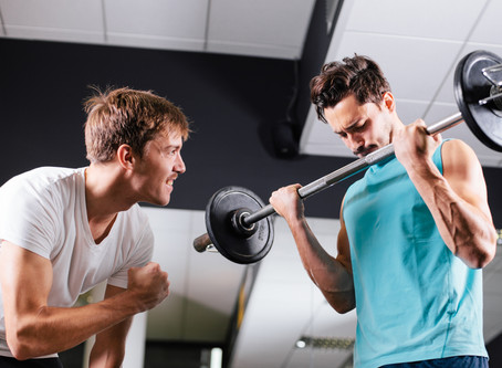 4 BENEFITS OF HAVING A WORKOUT BUDDY (AND WHAT TO LOOK FOR)