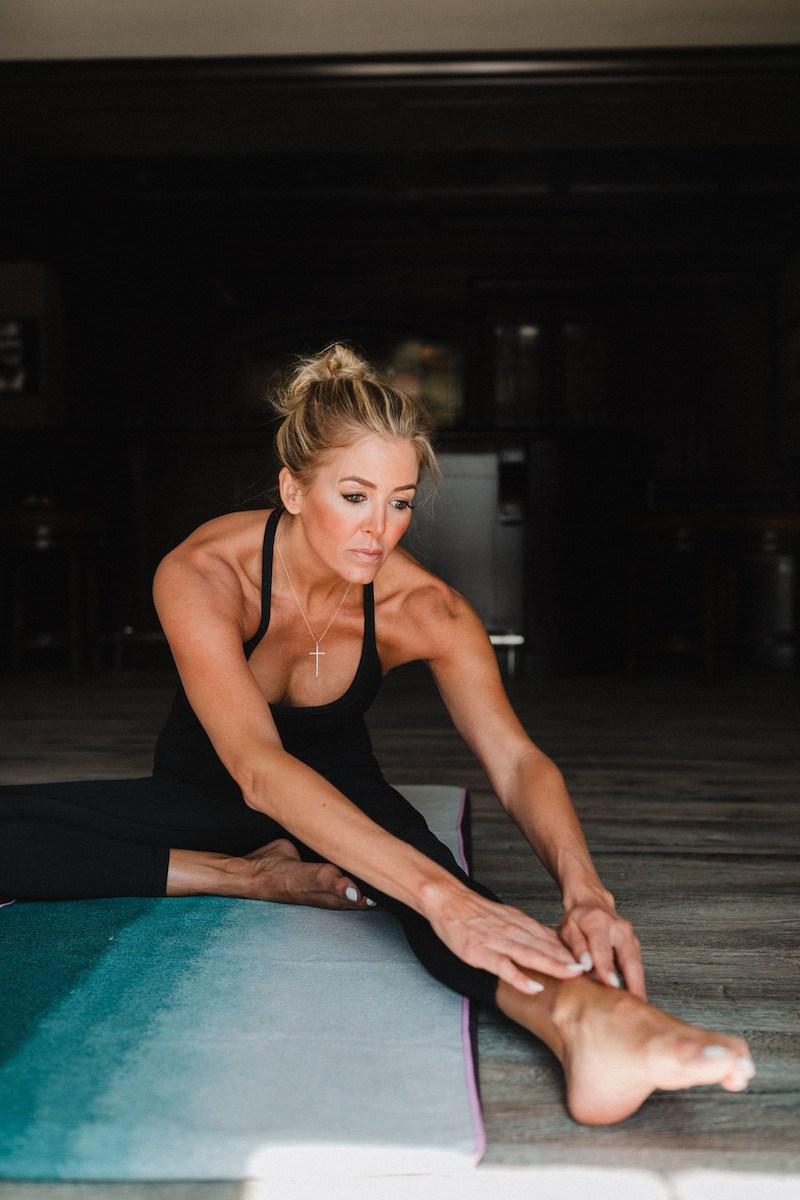 Canyon Ranch, Lauren Pronger, Chris Pronger, Stretching, Yoga, Yoga Pose, Yoga position