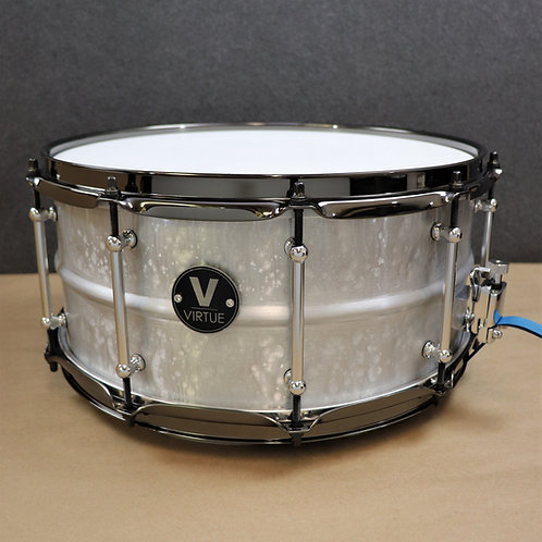 "VIRTUE: Diligence™ 14""x6.5"" Hammered Aluminum Snare Drum"